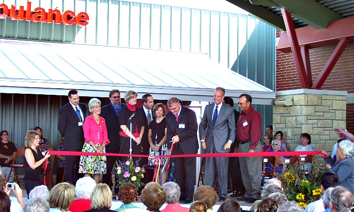 RCHC ribbon cutting